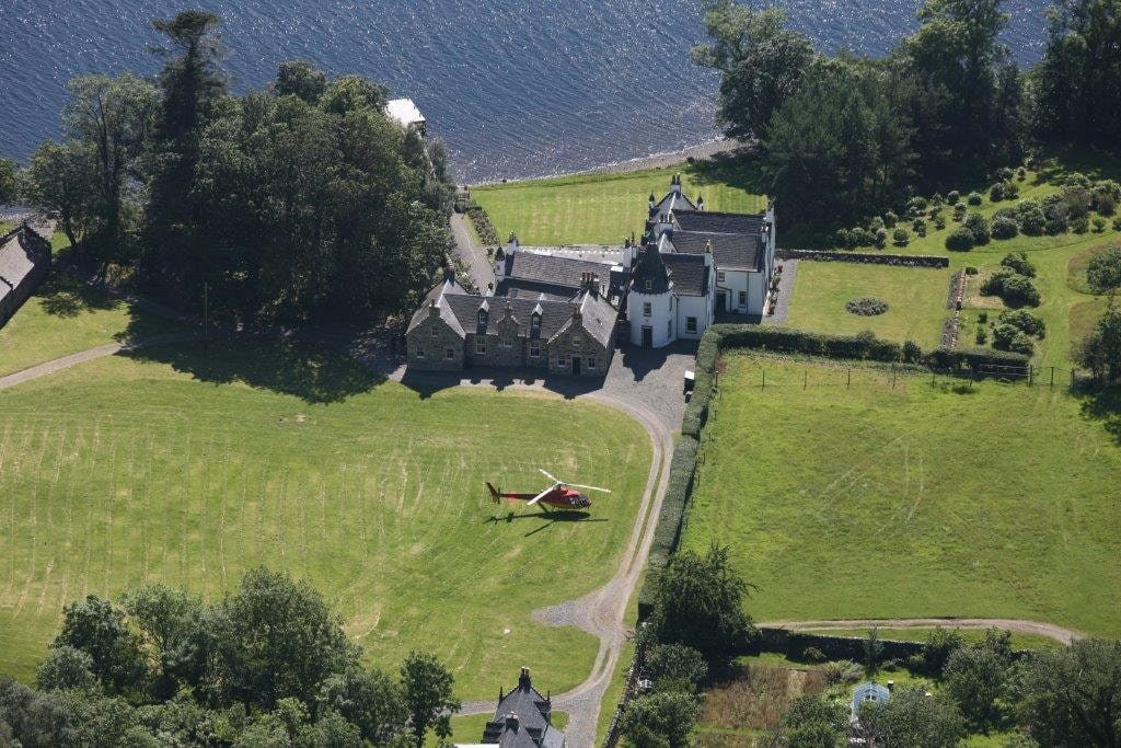 Birdseye view on Letterewe Luxury lodge in Scotland