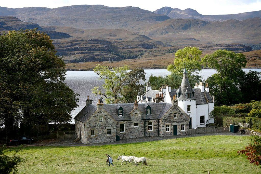 Private lodge rental in Scotland