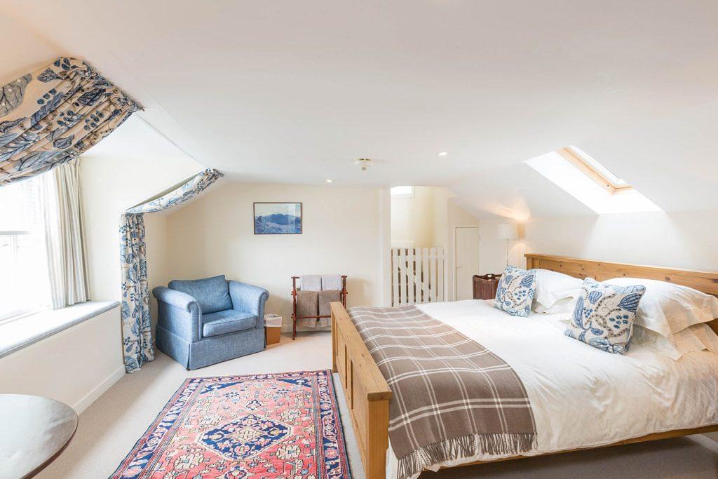 Bedroom en suite Accomodation Scotland