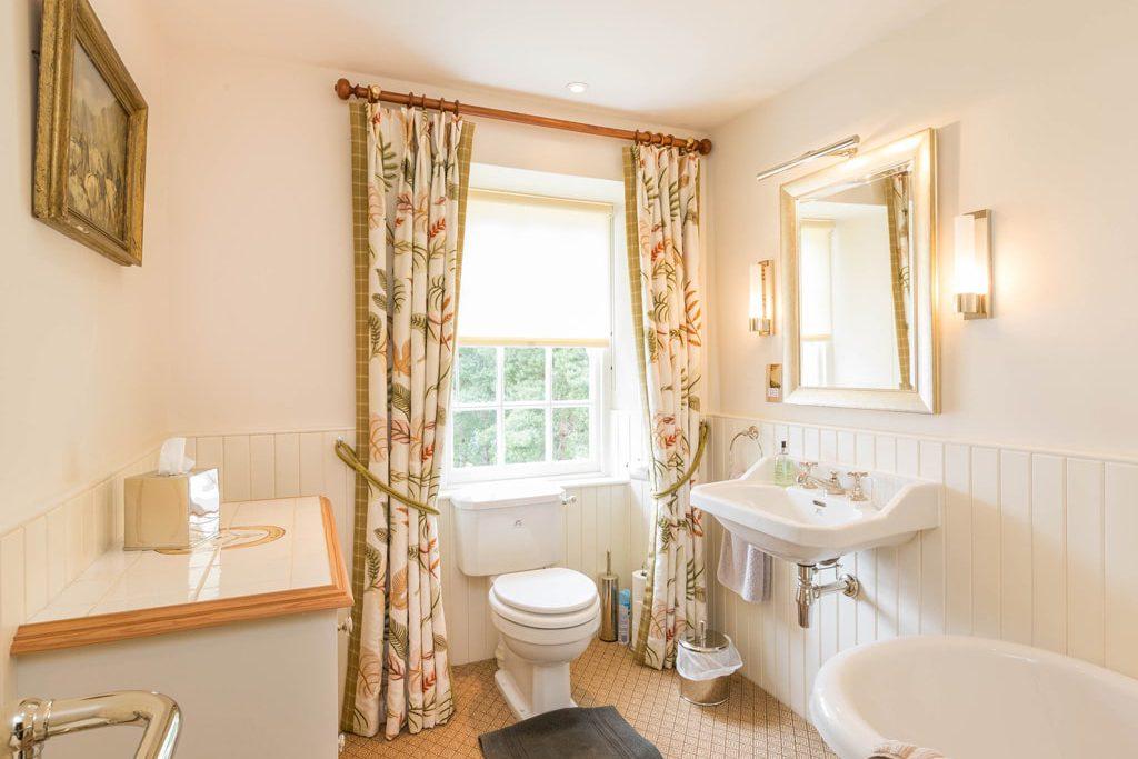 Bathroom private lodge
