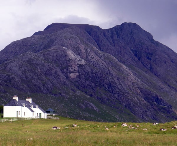 Mountain lodge Carnmore