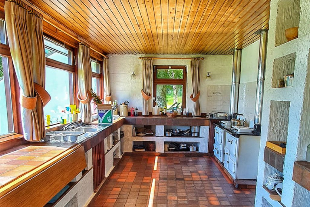 Self-catering kitchen in unique Scottish holiday cottage Ardlair